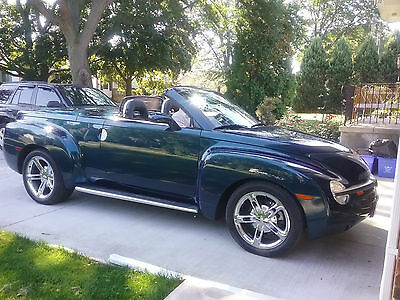 2005 Chevrolet SSR Base Convertible 2-Door 2005 CHEVY SSR AQUA BLUR PICKUP TRUCK**SHOWROOM CONDITION IN ONTATIO, CANADA