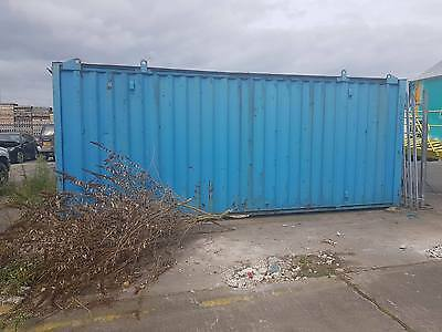 21ft x 8ft Shipping / Storage Container