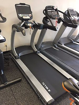 TRUE FITNESS CS650T15FT Commercial Treadmill with a Escalate 15