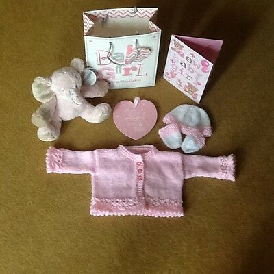 Gorgeous Baby Girl 7 Piece Gift Bag For Baby Shower/newborn