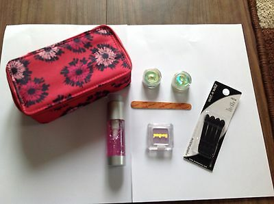 New Stunning Make Up Bag Filled With 7 Mixed Items Of Make Up