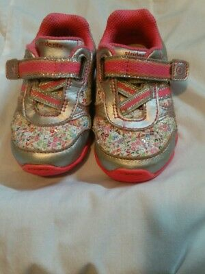 Stride rite Girls shoes Pink/ White/ Silver size 5M