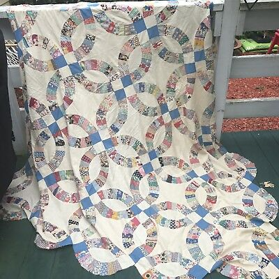 Vintage1940s Double Wedding Ring Quilt Top - Pristine! Fun Fabrics (Kittens!)