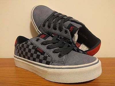 35ca183c5770b2 VANS NEW Classic Slip-On Multi Check Vault Youth Boy s Size USA 13 ...