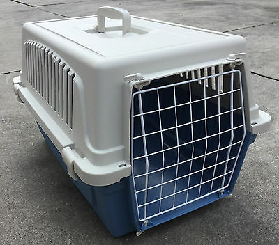 Pet Cat or Dog Carrier Crate for Travel Blue & Cream Ferplast Great Condition