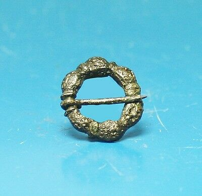 Small Medieval Bronze Ring Brooch (814W)