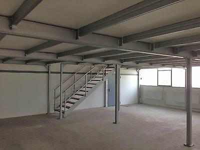 Lagerbühne 500 kg/m² , Topzustand, € 116,00/m² + MwSt.ab Lagert