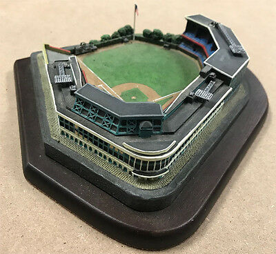 1996 The Danbury Mint Forbes Field Replica Sculpture Home of Pittsburgh Pirates
