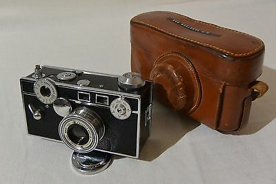 Argus Cintar rangefinder 50mm f 3.5 with leather case and lens cap 35mm