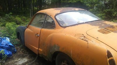 1972 Volkswagen Karmann Ghia  1972 Volkswagen Karmann Ghia with clear title and many extra parts!