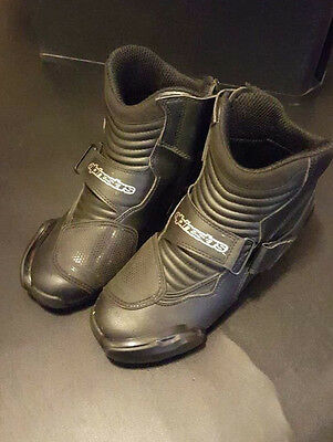 Alpinestar SMX 1 R Motorcycle Boots - Mens Size 7.5 -Near Mint -Used only 2 Mo