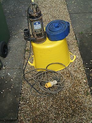 JS-400 submersible pump & 9m length 50mm hose.110v 12m head.Can be seen working.