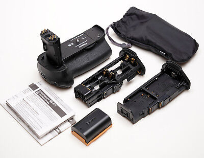 Canon BG-E11 Battery Grip For EOS 5D MkIII - Excellent Condition.