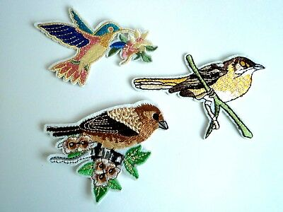 1 x Love Bird Patches Embroidered Cloth Patch Badge Applique Iron Sew On Birds