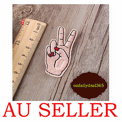 Embroidered Sew Iron On Patch Badge Hat Bag DIY Fabric Applique Clothes OZ