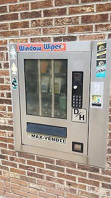 D/H Dilling-Harris Max-Vend II glass front Vending Machine for Carwash Car Wash