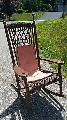 Vintage rocking chair - Wicker