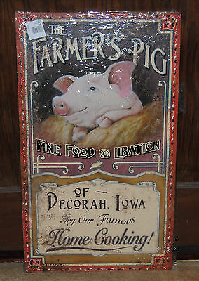 Farmer's Pig Decorah Iowa, Vintage-Design Sign painted on wood, New, Made in USA