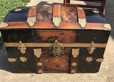 Trunks-n-Treasures BEAUTIFUL  Refinished Antique Dome Trunk W/ Lock, Key & Tray