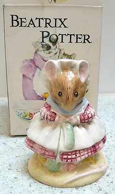 """Beswick Beatrix Potter The Old Woman Who Lived In a Shoe """"Knitting"""" Figurine"""