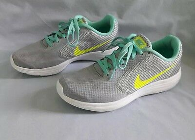 Women Nike Revolution 3 819303 Sneakers Athletic Running Shoes Grey Size 6