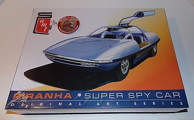 2015 AMT Piranha Super Spy Car Model Kit 1/25 With Extra Art Print Included NEW