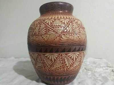 Navajo Pottery Signed R. John,  Very Detailed Etching, Beautiful! !
