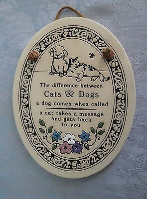 """Trinity Pottery Rice Lake WI Wall Plaque """"The Difference Between Cats & Dogs"""""""