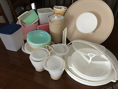 Great collection of 46 Vintage Tupperware pieces