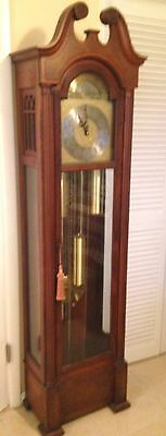 GRANDFATHER CLOCK.  Colonial Clock Co., Westminsterster Chime Grandfather Clock