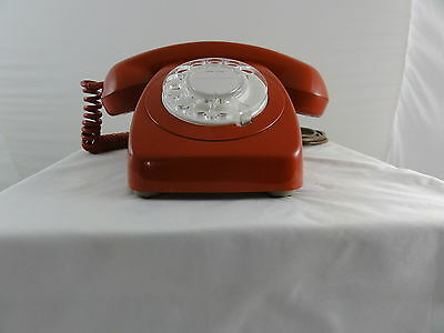 Vintage Retro Rotary Dial table telephone - 802 RED - 1983