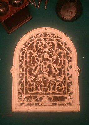 """Antique Victorian Iron Arch Top Heat Grate Register Marked """"NY 1882"""" Vent 14x11"""