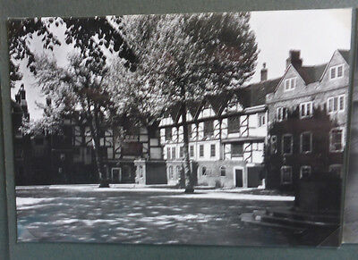 Vintage British Postcard - Tower Of London, Tower Green & House