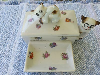 Cat trinket figurine Porcelain box w/attached ring tray flowers & cats Japan
