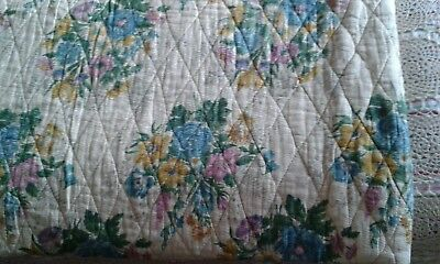 Delicious Vintage Shabby Chic FLORAL QUILT