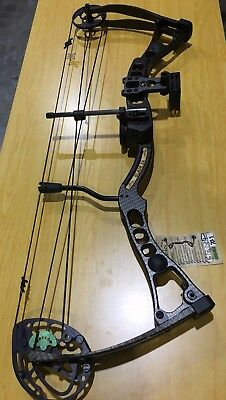 Martin Blade x4 Compound Bow 70# Carbon Kit SECOND HAND (#MB7001)