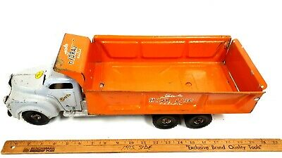 "1950s LINCOLN Hydraulic Action Dump Truck Pressed Steel Toy 19-1/2"" orng CANADA"