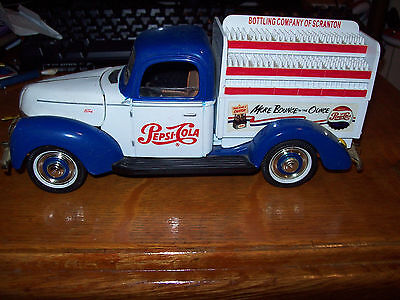LOT OF 8 Golden Wheel Limited Edition Ford PEPSI DIECAST BANKS see description
