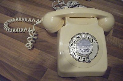 Vintage / Retro Telephone. Genuine GPO 70's / 80's style in full working order.