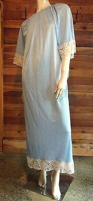 Vintage Blue Size Medium Nylon Nightgown