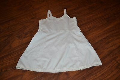 C0- Vintage Her Majesty Adjustable Strap Slip Size 6