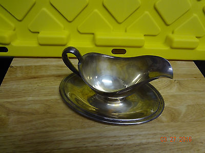 Vintage Silver Plated Sauce/Gravy Boat With Attached Charger Underplate