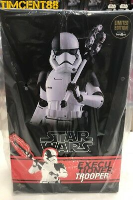 Ready! Hot Toys MMS428 Star Wars The Last Jedi Executioner Trooper 1/6 Toys R Us