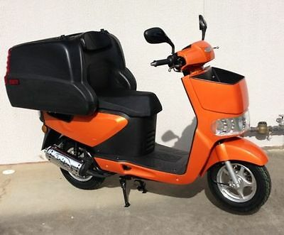 TONELLI ZIPPY 125cc DELIVERY SCOOTER PIZZA/FAST FOOD/RESTAURANT DELIVERY/ORANGE