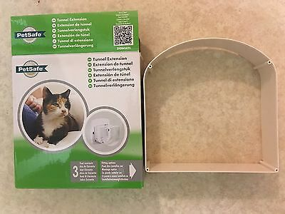PetSafe Staywell Deluxe Tunnel Extension for Cat Flap - White ~ BNIB