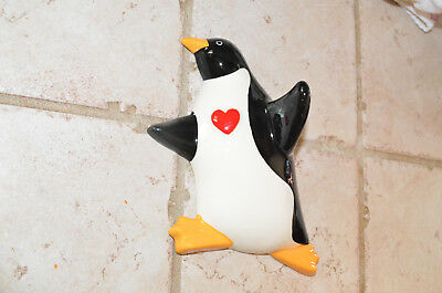 """Vintage Ceramic PENGUIN Wall hook hanger. Necklace jewelry Red heart 7"""""""