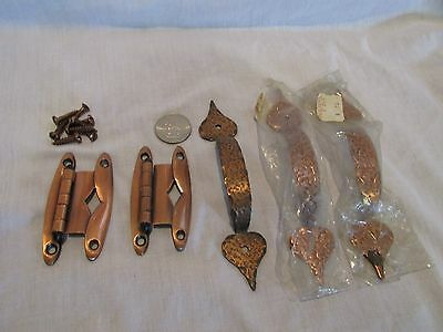 MIXED LOT of VINTAGE HAMMERED COPPER CABINET DRAWER PULLS - COPPER HINGES