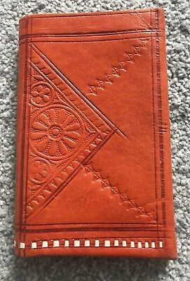 VINTAGE 80s TOOLED SUPER SOFT LEATHER RETRO TRIBAL BOHO PURSE WALLET