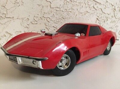 Vintage 1968 Eldon Touch Command Red Corvette Stingray Battery Operated Toy Car