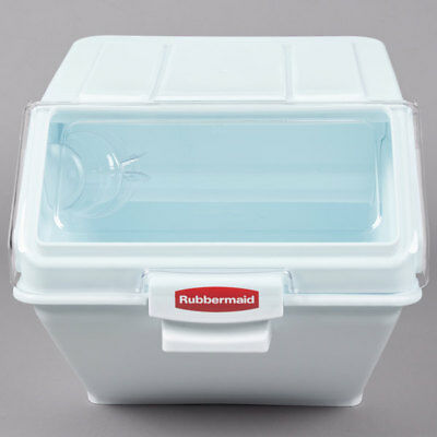 Rubbermaid Commercial ProSave Shelf Ingredient Bin with Scoop 200-Cup White F...